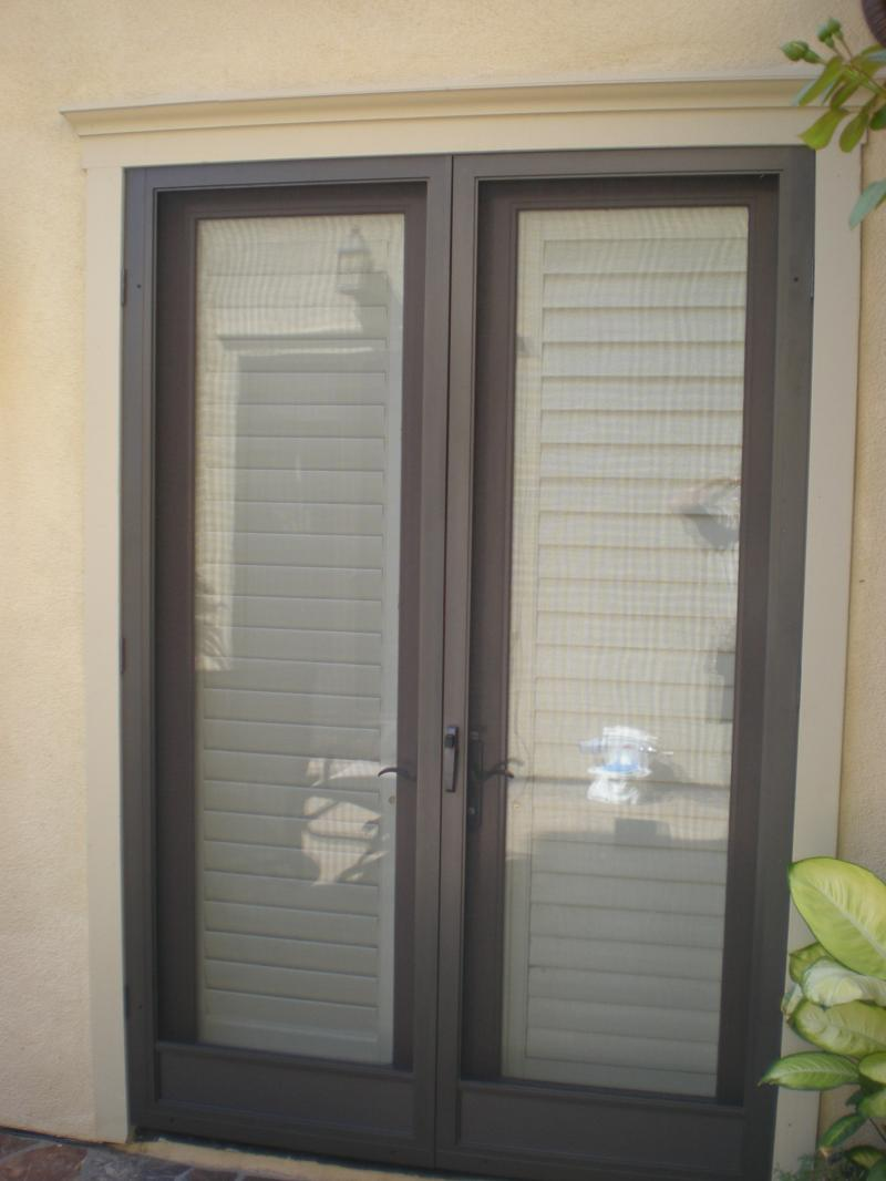 Screen doors for french doors to replace an astragal how for Double door screen door